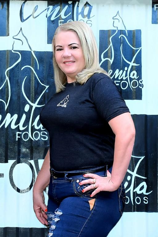 Anita-Directora General